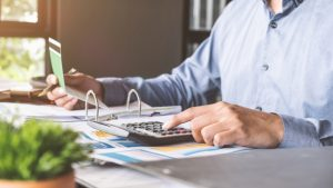 Novo Vs. Azlo Vs. BlueVine Vs. Radius Bank – The Battle Of Online Business Checking Accounts
